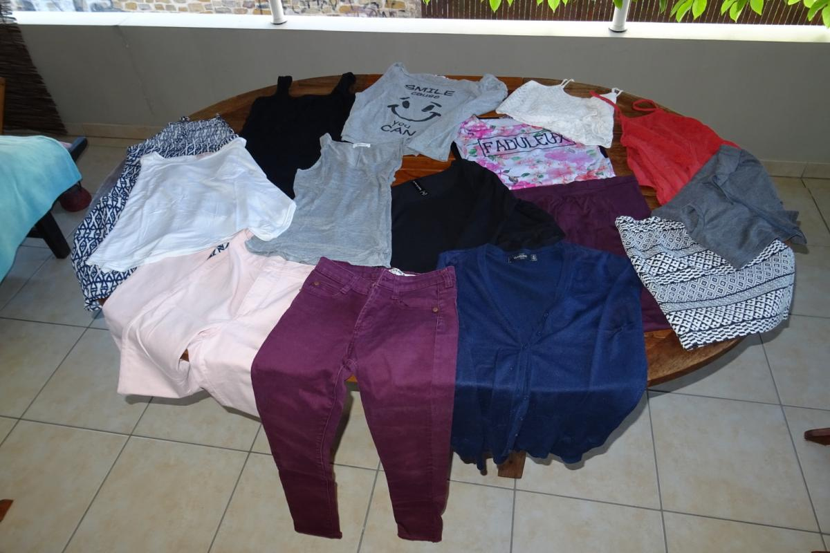 Lot vètements T.14/16ans